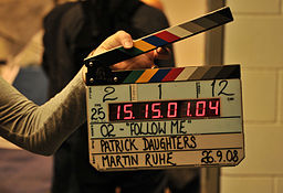 256px-Clapperboard,_O2_film,_September_2008